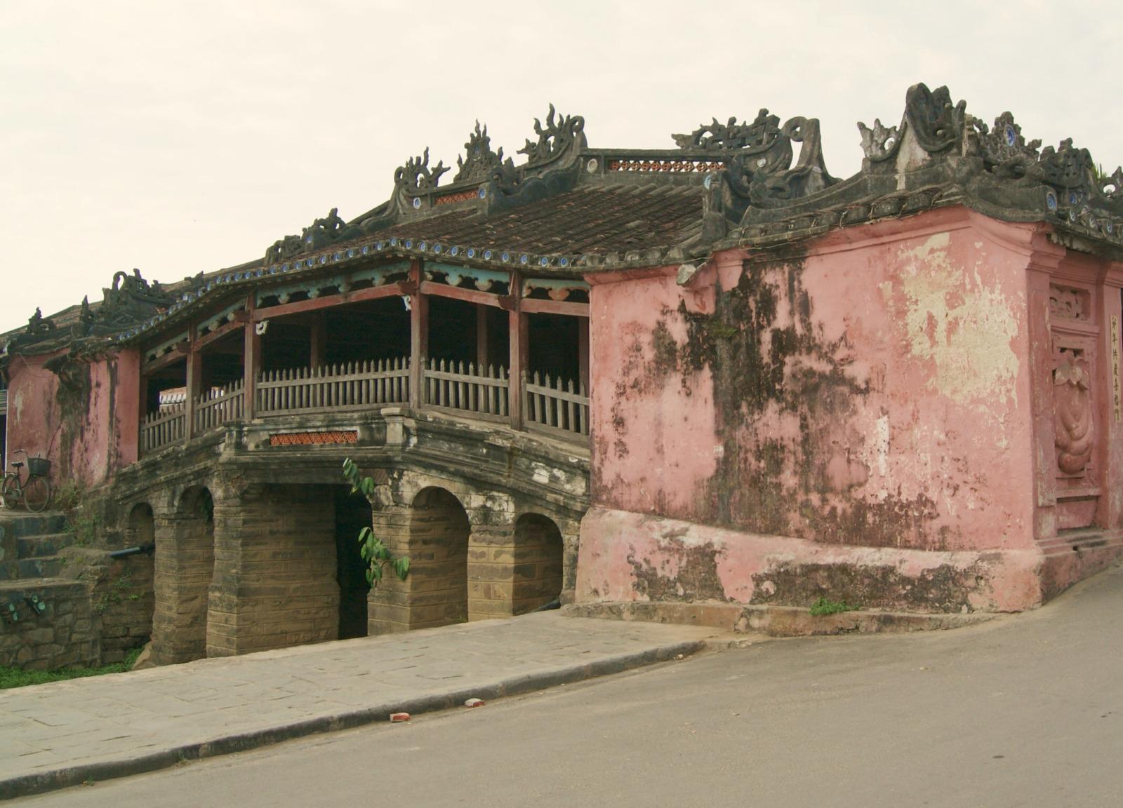 ホイアン 寺橋